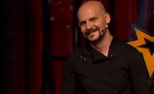 Atalay Demirci'den m�thi� stand up g�sterisi - Video