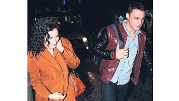 Kerem Bursin ve Hande Do�andemir panikledi!